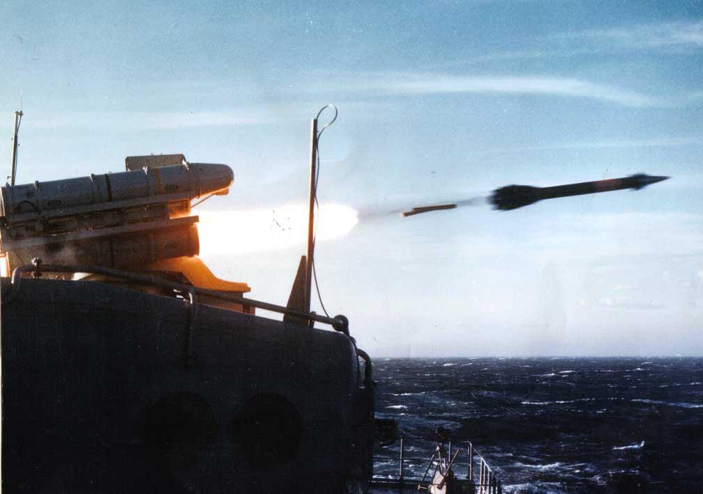 http://rbase.new-factoria.ru/sites/default/files/missile/crotale_naval/crotale-work.jpg