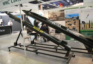 Макеты ракет ACCULAR и EXTRA (Израиль). ©О.В. Герман