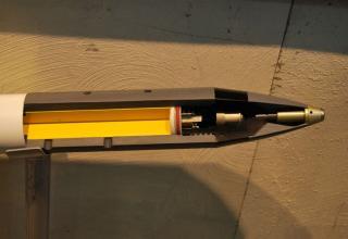 Вид разрезной головной части макета неуправляемой авиационной ракеты калибра 70 мм. ©О.В. Герман