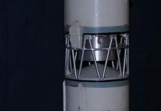Вид элемента конструкции макета ракеты космического назначения