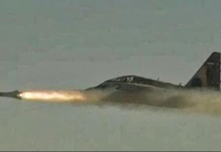Пуск УР Bina с борта Су-25УБК
