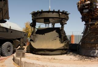 Стартовый пусковой стол. Использовался для запусков ракеты Р-9 и испытаний системы САС на пл. №1.