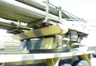 """Частичный вид артиллерийской части боевой машины для стрельбы реактивными снарядами калибра 220 мм РСЗО """"Найза"""""""
