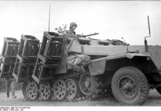 Wurfrahmen an Schutzenpanzer