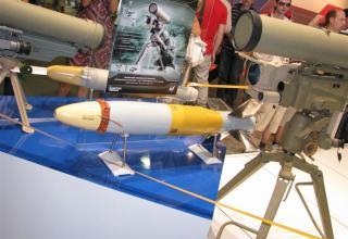 Макет противотанковой ракеты для возимо-переносного противотанкового ракетного комплекса КОРНЕТ-Э