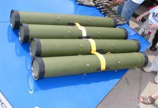 Вид контейнеров для противотанковых управляемых ракет