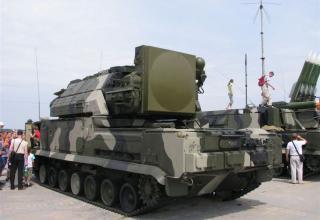 Боевая машина 9А330 зенитно-ракетной системы ТОР-М1