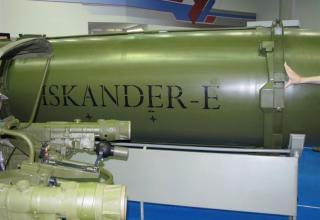 Вид части макета управляемой ракеты комплекса Искандер-Е