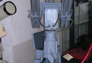 """Макет малогабаритной дистанционно-управляемой гранотометной установки 98-У """"Ожерелье""""."""