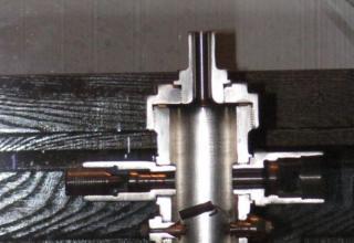 Макет экспериментального жидкостного ракетного двигателя ОРМ.
