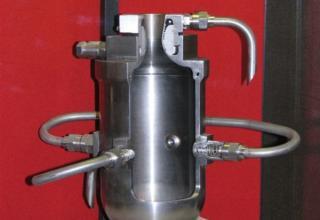 Макет опытного жидкостного ракетного двигателя ОРМ-50.