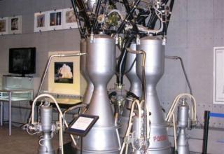 Вид жидкостного ракетного двигателя РД-108