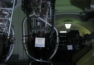 Макет жидкостного ракетного двигателя РД-100 (8Д51) от первой баллистической ракеты Р-1