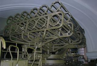 Вид спереди артиллерийской части боевой машины БМ-24
