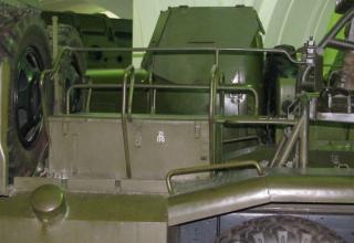 Вид места для сидения номеров расчета боевой машины БМ-14