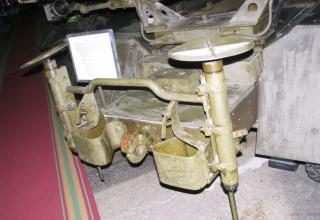 Вид домкратов боевой машины БМ-31-12 на доработанном (модифицированном) шасси грузового автомобиля ЗИС-151