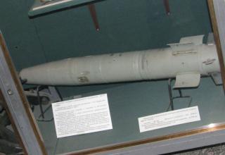 Макет танкового активно-реактивного снаряда 9М112