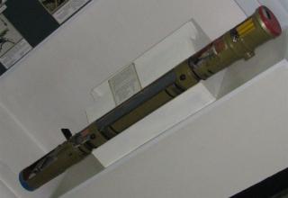 Разрезной макет противотанковой управляемой ракеты 9М114 противотанкового ракетного комплекса
