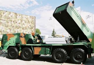 Опытный образец БМ RM-70 Modular с ТПК для запуска реактивных снарядов калибра 122 мм (Словакия)©MiroslavGyurosi 2004
