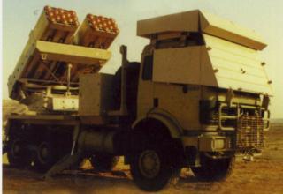 Вариант боевой машины РСЗО LAR-160 (Израиль)