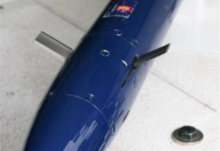 Вид носовой части макета управляемой ракеты CRV7-PG ©MiroslavGyurosi (дата фото 2006 год)