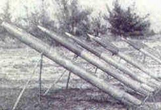 Позиция с установками и неуправляемыми реактивными снарядами 9М22М калибра 122 мм.