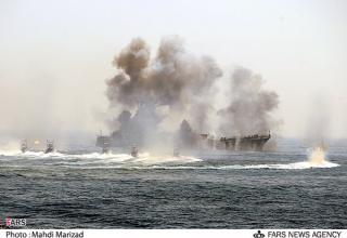 Корабль-практическая цель  -  десантный корабль класса Polnocny бывшего флота Ирака