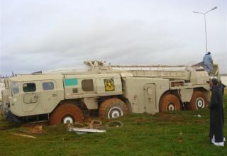 22.02.2011г. г.Бенгази Ливийская армия захватила пусковую установку 9П117 ОТРК 9К72