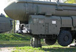 Грунтовая мобильная пусковая установка стратегического ракетного комплекса