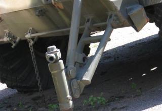 Пусковая установка 9П133 с ракетой 9М21 ракетного комплекса 9К52
