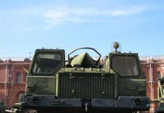 Пусковая установка 9П117 с ракетой 8К14 ракетного комплекса 9К72. Вид спереди. ©С.В.Гуров