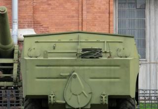 Боевая машина 9П110 с ПТУР 9М14 противотанкового ракетного комплекса 9К14