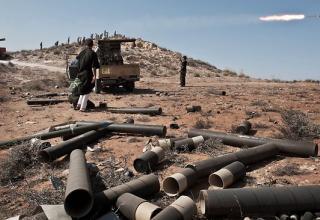 Пуск РС Град по силам лояльным Гаддафи в Гуалише.50км юго-запада от Триполи. Опубл.16.07.2011 г.http://www.theaustralian.com.au