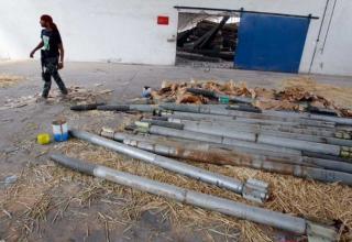 РС Град найденные повстанцами в Ливийском Госпромышленном Комплексе. Район Crimea, юг Триполи 04.09.11г. Фото:Francois Mori / AP