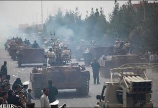 Иран. Военный парад. 22.09.2011 года.   http://imp-navigator.livejournal.com/128594.html