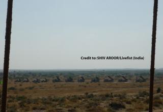 Панорамная фотография боевых машин 9А52-2Т, боевых машин РСЗО Pinaka и боевых машин типа БМ-21. Сredit to: SHIV AROOR/Livefist