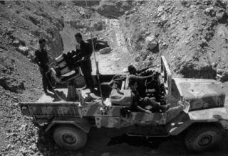 Ливан. Вариант на доработанном шасси автомобиля M325 Nun-nun.Более вероятно 1970-е.http://strangernn.livejournal.com/535645.html
