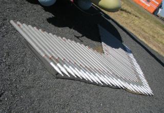 Неуправляемые авиационные ракеты С-8КОМ с кольцевой насечкой на корпусе головной части. ©С.В. Гуров (г.Тула)