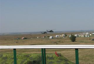 Подлет вертолетов к месту выполнения огневой задачи. ©С.В. Гуров (г.Тула)