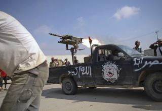 Manu Brabo, AP. http://mediagallery.usatoday.com/Rebellion+in+Libya/G2058