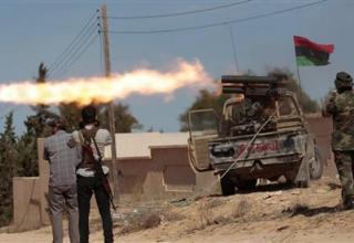 REUTERS/Thaier al-Sudani. 15.10.2011 г.Фронтовая линия Сирта. http://www.reuters.com/article/slideshow/idUSL5E7KT4YC20111016#a=2