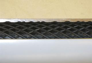 Насечка на внутренней поверхности макета головной части неуправляемой авиационной ракеты М-8ОФП. ©С.В. Гуров (г.Тула)