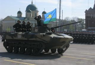 Второе поколение боевых машин пехоты, находящихся на вооружении воздушно-десантных войск. ©С.В. Гуров (г.Тула)