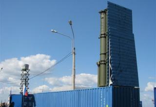 Макет универсального стартового модуля на базе 40-футового морского контейнера для комплекса