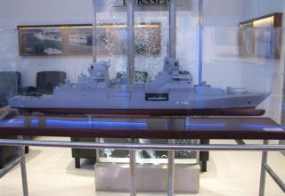 Модель фрегата Type 125 (Германия). Масштаб 1:100. ©С.В.Гуров (Россия, г.Тула)