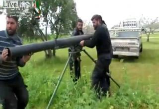 Подготовка к стрельбе установки типа установки серии TAKA. Опубл. 10.04.2013 г. http://www.liveleak.com/view?i=f3e_1365607668