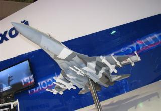 Модель истребителя Су-35. ©С.В.Гуров (Россия, г.Тула)