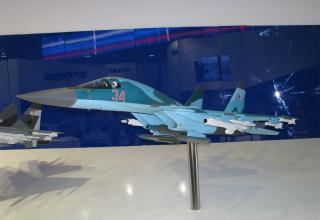 Модель истребителя Су-32. ©С.В.Гуров (Россия, г.Тула)