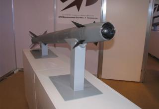 Макет зенитной управляемой ракеты 9М333. ©С.В.Гуров (Россия, г.Тула)
