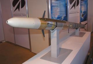 Макет управляемой авиационной ракеты